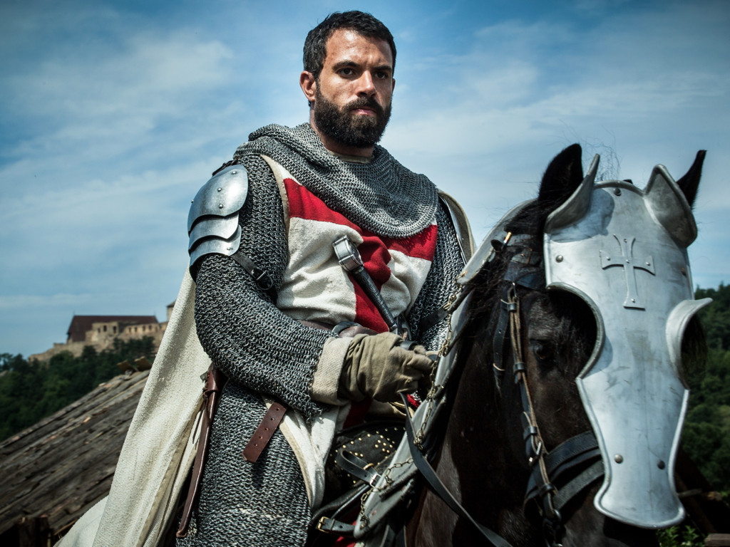 Tom Cullen, \'Knightfall\' & the Chain Mail Diet | TV Show Patrol